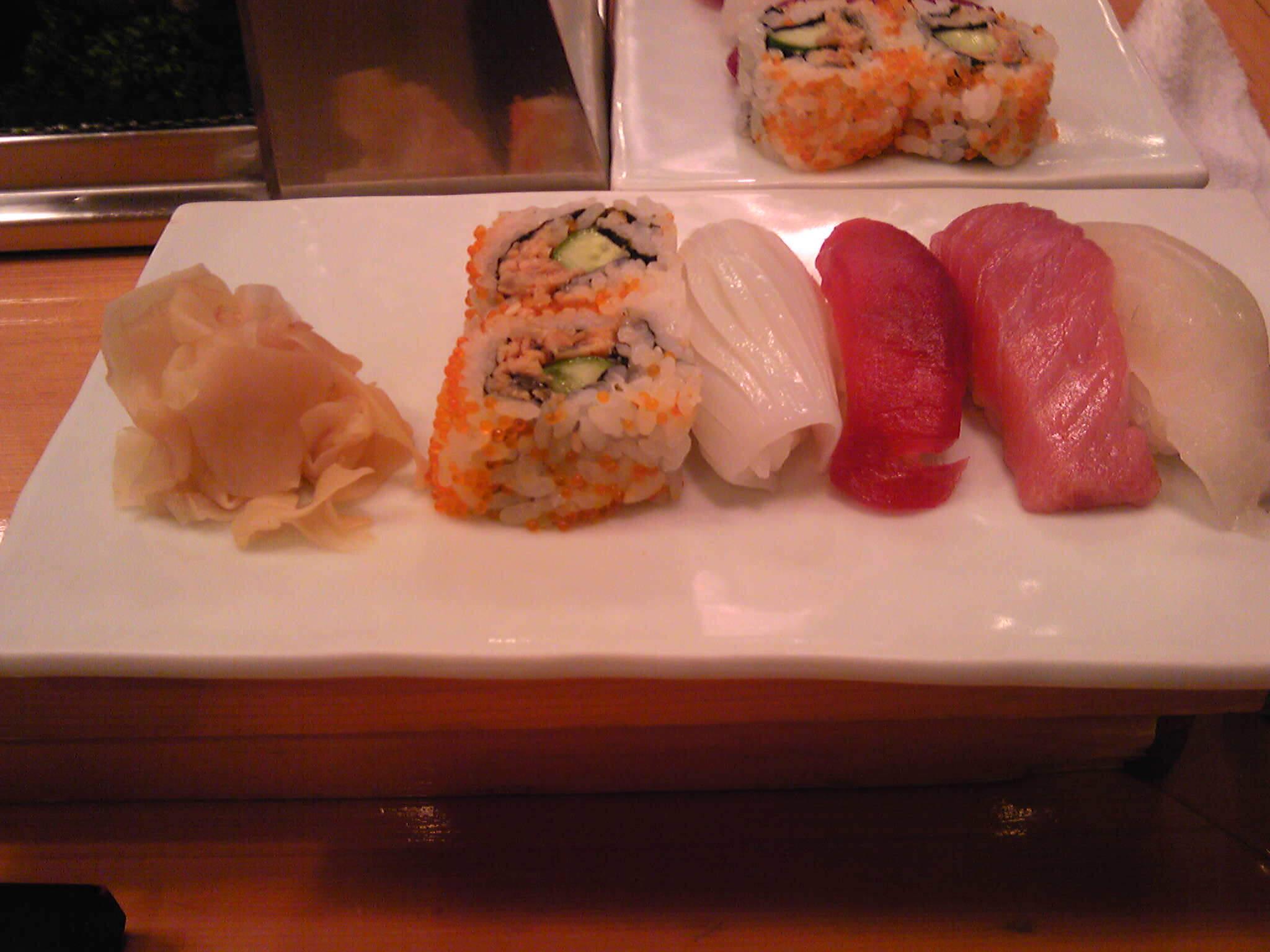 寿司も鮨も